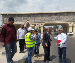 السكرتير العام المساعد يتفقد أعمال تطوير مدخل طريق الإسكندرية الزراعى  (صور)