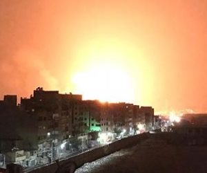 «الإسعاف» يدفع بـ8 سيارات إلى محيط حريق مصنعي الأخشاب والبويات في البساتين