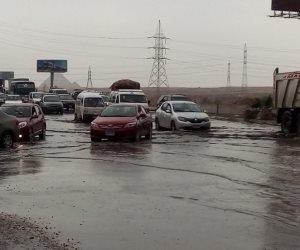 الأمطار تضرب عروس البحر الأبيض المتوسط.. شاهد غرق شوارع الإسكندرية (فيديو وصور)