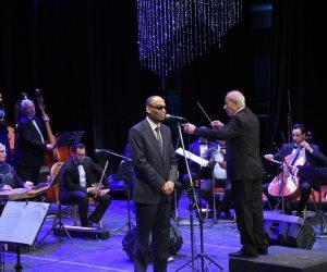 «أوبرا الإسكندرية» تحتفل بذكرى شيخ الملحنين سيد مكاوي (صور)