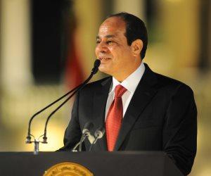 الرئيس السيسي يهنئ الجالية المصرية في الكويت بحلول شهر رمضان
