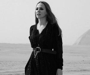 «بنتنا أحلى».. شيرين رضا تخطف الأنظار بفستان الاسترالية نيكول كيدمان (صور وفيديو)