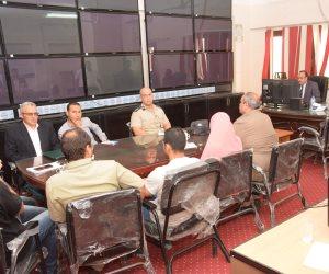 محافظ بني سويف يتابع تطورات حالة الطقس مع غرفة عمليات مجلس الوزراء