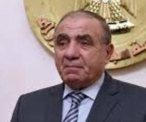 وزير التنمية المحلية: فتح طرق الوادي الجديد بعد اغلاقها بسبب العاصفة الترابية أمس