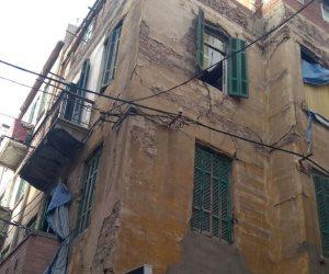 محافظ الإسكندرية يكلف باستكمال أعمال هدم عقار محرم بك  (صور )