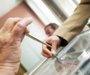العراق: المفوضية العليا للانتخابات رصدت 90 مخالفة للمرشحين منذ بدء الحملة الانتخابية
