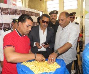 مدير أمن الإسماعيلية يداهم مصنع مواد غذائية دون ترخيص في أبو سلطان