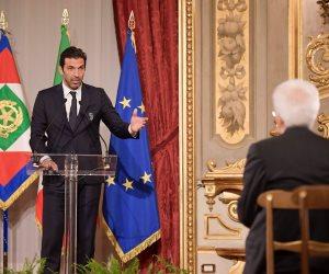 رئيس إيطاليا يجتمع بلاعبى يوفنتوس وميلان قبل قمة الأربعاء (صور)