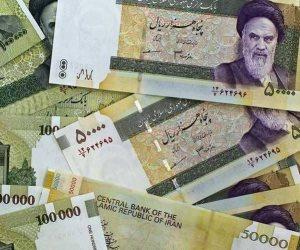 شلال الاقتصاد الإيراني يواصل النزيف.. الريال الإيراني بـ146 ألفا مقابل الدولار