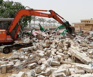 إزالة تعديات على 3 أفدنة من أملاك الدولة بكفر البطيخ بدمياط (صور)