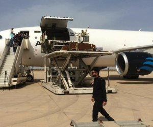 الشماس الناجي من حادث البطرسية يقود التسبحة بجنازة شهداء ليبيا