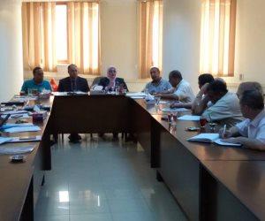 مجلس أمناء كفر الشيخ يبحث مشكلات العجز  والزيادة بالمدارس