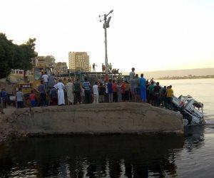 سقوط سيارة ربع نقل في نهر النيل بسوهاج دون خسائر بشرية