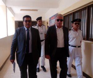 محافظ جنوب سيناء يتفقد لجان الامتحانات الدبلومات الفنية بطور سيناء