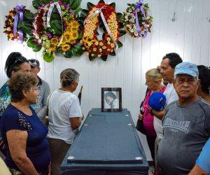 كوبا تودع ضحايا الطائرة المنكوبة وسط دموع الأهالى (صور)