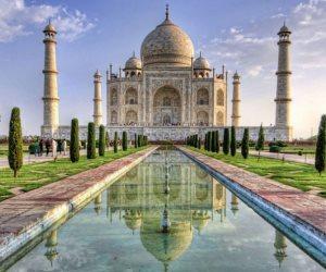 التلوث يغير لون رخام تاج محل فى الهند من الأبيض إلى الرمادي