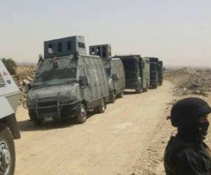 تفاصيل معركة الداخلية في الواحات قبل الإفطار.. مطاردة 3 انتحاريين بين الجبال