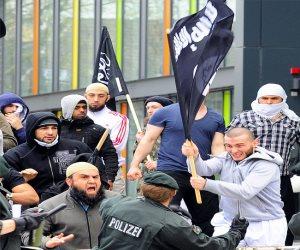 ألمانيا توجه ضربة موجعة للإخوان وداعش.. حظر شعارات الجماعة ومعاقبة المخالفين بالسجن والغرامة