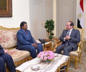 السيسي يستقبل رئيس المخابرات السوداني ويتلقى رسالة من البشير
