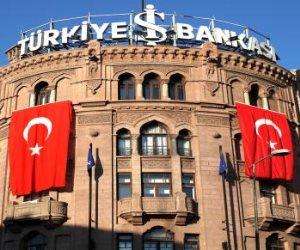 «إردوغان يلهيك».. الأتراك يتحملون قرارات ديكتاتور تركيا: قطاع البناء ينهار