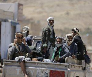 قائمة جرائم جديدة للحوثي بمديرية كشير: إعدام أسرى وحصار المدنيين وقطع الاتصالات