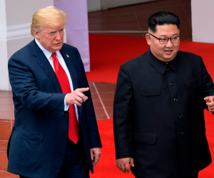 وعود دبلوماسية.. هل تستمر العقوبات الاقتصادية على كوريا بعد قمة ترامب وكيم؟