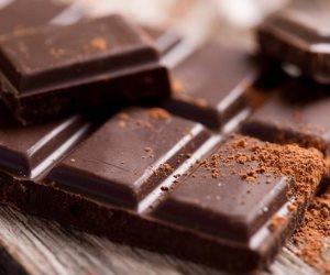 حلّي بقك وحافظ على جسمك.. 5 فوائد صحية مهمة تمنحها لك الشيكولاتة