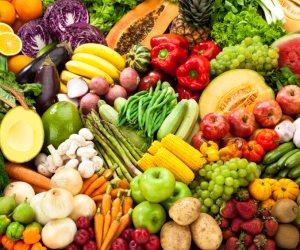 استقرار أسعار الخضروات والفاكهة اليوم الإثنين 19-8-2019 بسوق الجملة