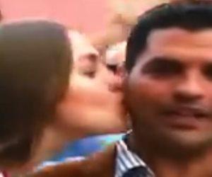 بوسة خاطفة لمراسل ماسبيرو بكأس العالم.. هؤلاء تعرضوا لقبلات لايف أيضا (فيديو)