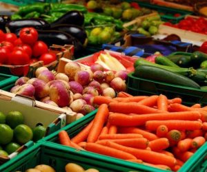 أسعار الخضروات والفاكهة اليوم الجمعة 6-3-2020.. الفاصوليا بـ 7 جنيهات للكيلو