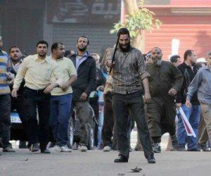 تاريخهم دموي.. جماعة الإخوان هاجمت وأحرقت أقسام الشرطة ونفذت سلسلة اغتيالات