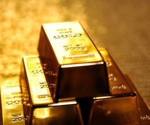عضو مجلس إدارة نادي شهير يدير شركة أجنبية للتنقيب عن الذهب مقابل انتقال نجل مسئول للنادي
