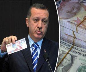 أزمات الاقتصاد التركي تتفاقم: هبوط جديد لليرة والعجز التجاري يبلغ 3.36 مليار دولار في فبراير