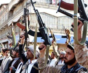 صراع الأفاعي.. رقصة «المشاط» و«الحوثي» على جثمان اليمن