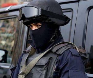 الأجهزة الأمنية تنقذ طالب من الإنتحار من أعلى برج القاهرة بعد استغاثة صديقه على «فيسبوك»