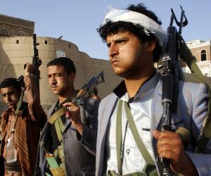 لماذا نقلت الأمم المتحدة 10 آلاف موظف أمريكي خارج مناطق سيطرة الحوثيين؟