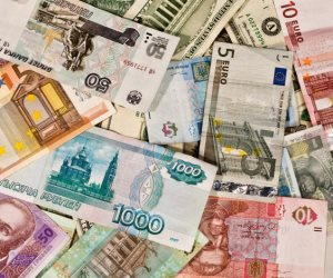 أسعار العملات الأجنبية اليوم الجمعة 2-8-2019.. استقرار الدولار وهبوط اليورو أمام الجنيه