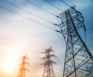 «الكهرباء» تكشف تفاصيل تخصيص 54 مليار جنيه استثمارات لتطوير شبكة نقل التيار