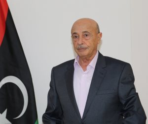 عقيلة صالح يصل القاهرة للتشاور مع مسئولين مصريين حول الأوضاع بليبيا