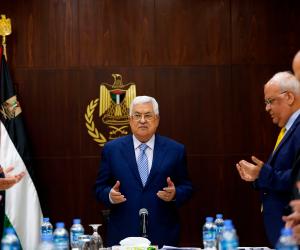 أولمرت يتغزل في الرئيس الفلسطيني: أحترمه كثيرا.. والوحيد القادر على إنجاز السلام