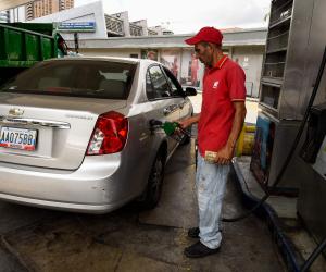 بالأرقام.. ننشر أسعار البنزين الجديدة بعد إقرارها رسميا