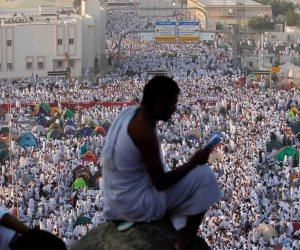 عرايا إلا من الرجاء يارب.. آلاف الحجاج يستعدون للتفويج من المدينة إلى مكة
