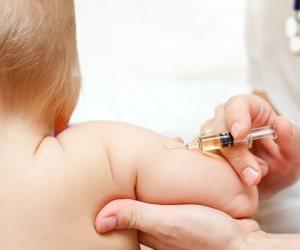 «اللي جاي مش أحلى».. كورونا يتسبب في تأجيل تطعيمات تهدد العالم بكوارث