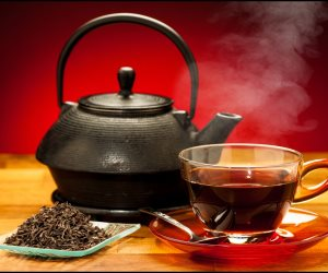 علاج فعال للحموضة.. تعرف على فوائد شاي الريحان والشمر