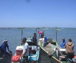 26 ديسمبر نهاية موسم الصيد ببحيرة البردويل.. لتطهير البحيرة و«البواغيز» بشمال سيناء (صور)