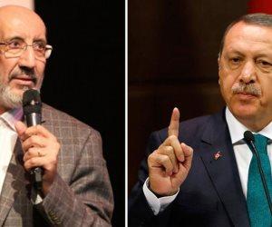 عبدالرحمن ديليباك بغبغان أردوغان.. إخواني بدرجة علماني (فيديوجراف)