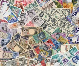 أسعار العملات في مصر اليوم 8 مارس 2021.. الدولار والريار اليورو