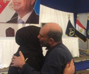 سيد بيومي عاد حراً.. كيف أهدى الرئيس الغارمين فرحتين في أول أيام العيد؟