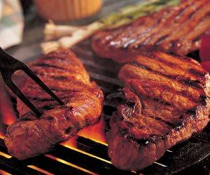 6 حالات صحية ممنوعة من الإفراط في تناول اللحوم (تعرف عليها)