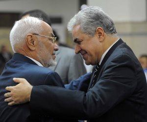 """من حظيرة البعث إلى أحضان الإخوان.. هل يجرؤ حمدين على الحديث عن ملايين """"صاعد""""؟"""